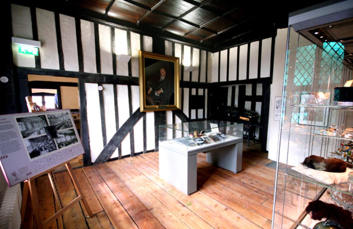 Tudor House and Gardens